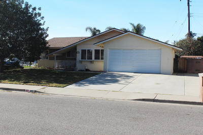 Camarillo Single Family Home For Sale: 2113 Marco Drive
