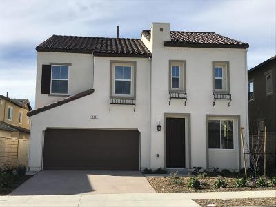 Camarillo Single Family Home For Sale: 653 Silver Sage