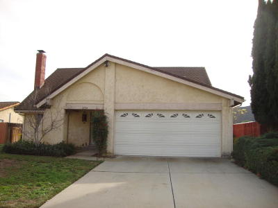 Santa Paula Single Family Home Active Under Contract: 1024 Stonegate Road