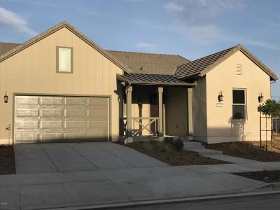 ventura Single Family Home For Sale: 422 Los Altos Street