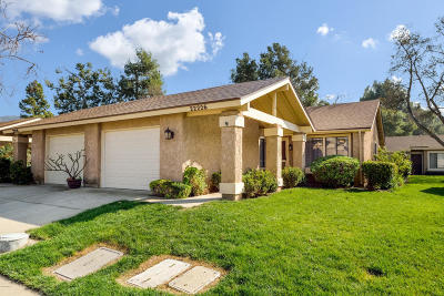 Camarillo Single Family Home Active Under Contract: 22226 Village 22