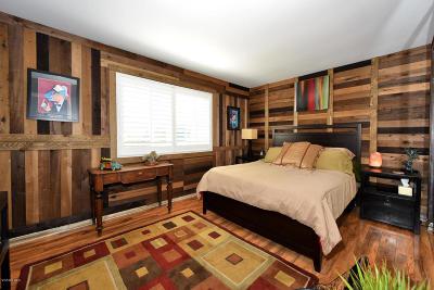Newbury Park Single Family Home For Sale: 64 Cindy Avenue