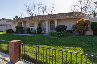 Oxnard Single Family Home For Sale: 330 W Vineyard Avenue