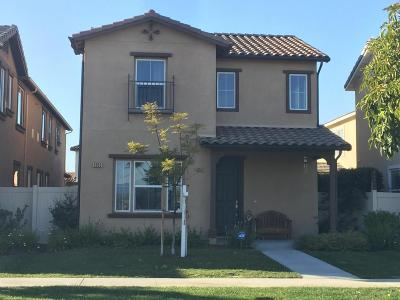 Oxnard CA Single Family Home For Sale: $560,000