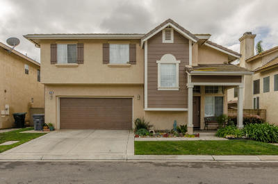 Oxnard Single Family Home For Sale: 627 Calle Laguna