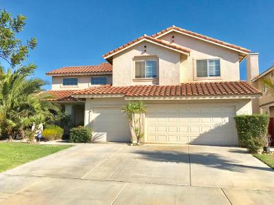Oxnard Single Family Home For Sale: 726 Cornwall Drive