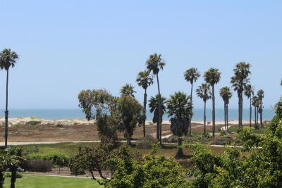 Port Hueneme Condo/Townhouse Active Under Contract: 605 Sunfish Way