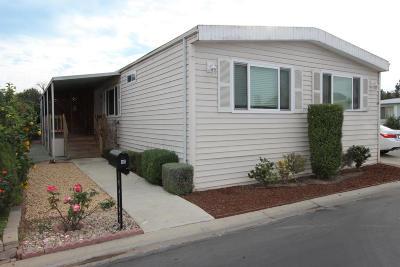 Camarillo Mobile Home Active Under Contract: 86 Via Gabilan