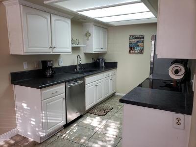 Port Hueneme Single Family Home For Sale: 145 Courtyard Drive #32
