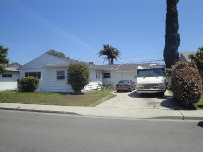 Oxnard Single Family Home For Sale: 3058 Circle Drive