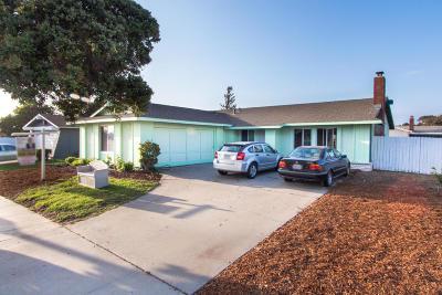 Single Family Home Active Under Contract: 3131 Via Marina Avenue