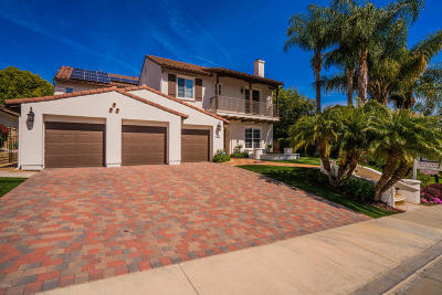 Simi Valley Single Family Home For Sale: 974 Clear Sky Place