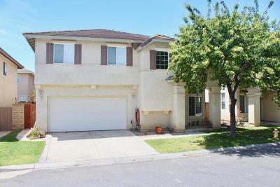 Single Family Home Active Under Contract: 1011 Calle Vista Calma