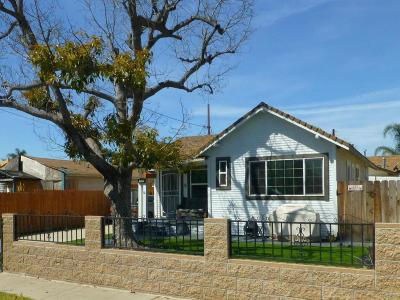 Santa Paula Single Family Home For Sale: 130 S Olive Street