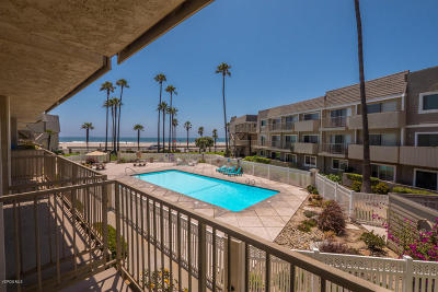 Port Hueneme Single Family Home For Sale: 321 E Surfside Drive