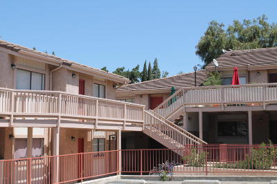 Thousand Oaks Single Family Home Active Under Contract: 1745 Los Feliz Drive #4