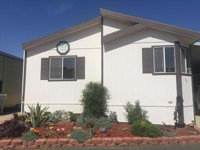 Ventura Mobile Home Active Under Contract: 22 Blackburn Place