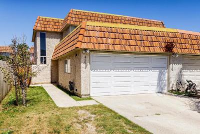 Santa Paula Single Family Home Active Under Contract: 459 Estriga Court