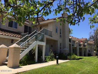 Simi Valley Condo/Townhouse Active Under Contract: 475 Kennerick Lane #A