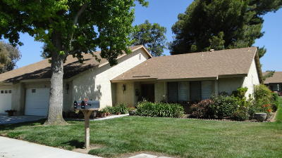 Camarillo Single Family Home For Sale: 42103 Village 42