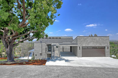 Thousand Oaks Single Family Home For Sale: 607 Lone Oak Drive