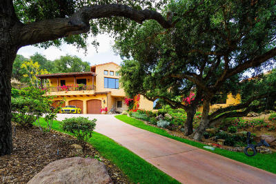 Thousand Oaks Single Family Home For Sale: 525 Rimrock Road