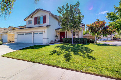 Oxnard Single Family Home For Sale: 2411 Larkhaven Lane
