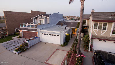 Oxnard CA Single Family Home Active Under Contract: $1,155,000