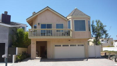 Oxnard Single Family Home Active Under Contract: 5345 Seabreeze Way