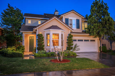 Moorpark Single Family Home Active Under Contract: 14374 Mangrove Street