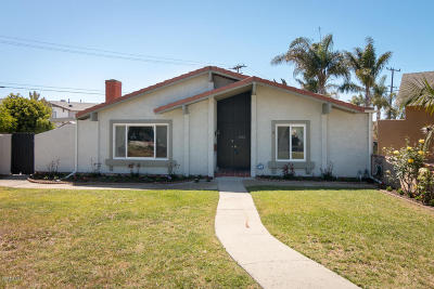 Oxnard Single Family Home For Sale: 1000 Camelot Way