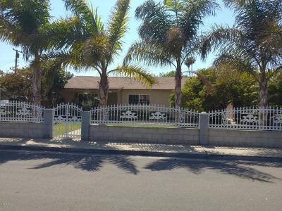 Oxnard Single Family Home For Sale: 3301 E Clinton Street