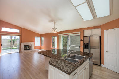 Moorpark Single Family Home For Sale: 15748 Milne Circle
