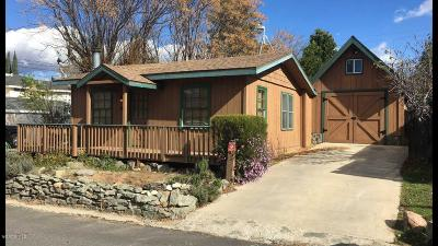 Oak View CA Single Family Home Active Under Contract: $419,000
