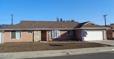 Santa Paula Single Family Home Active Under Contract: 128 Hobbs Circle