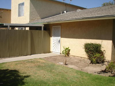 Oxnard Condo/Townhouse For Sale: 1300 Friedrich Lane #D
