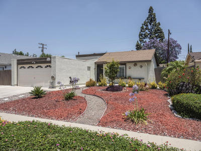 Simi Valley Single Family Home For Sale: 2094 Sargent Avenue