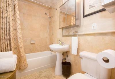 Santa Barbara Multi Family Home For Sale: 1031 Del Sol Avenue