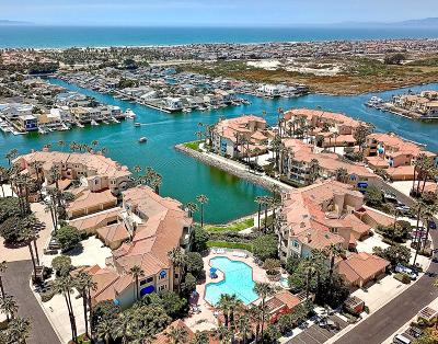 Oxnard CA Condo/Townhouse For Sale: $929,000