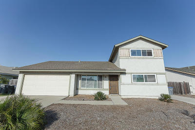 Oxnard Single Family Home Active Under Contract: 950 Taffrail Court