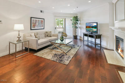 Oak Park Single Family Home For Sale: 5837 Oak Bend Lane #204