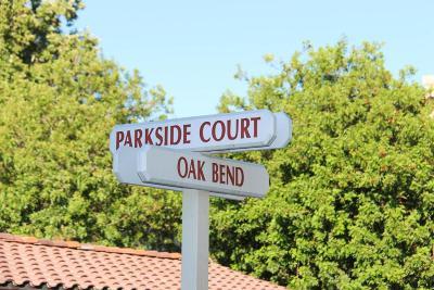 Oak Park Single Family Home For Sale: 685 Parkside Court #101