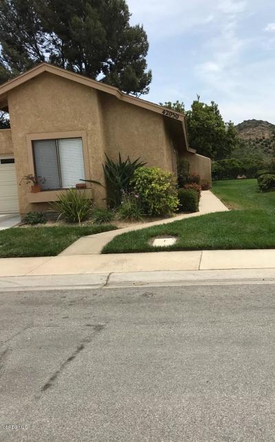 Camarillo Single Family Home For Sale: 42050 Village 42 #42