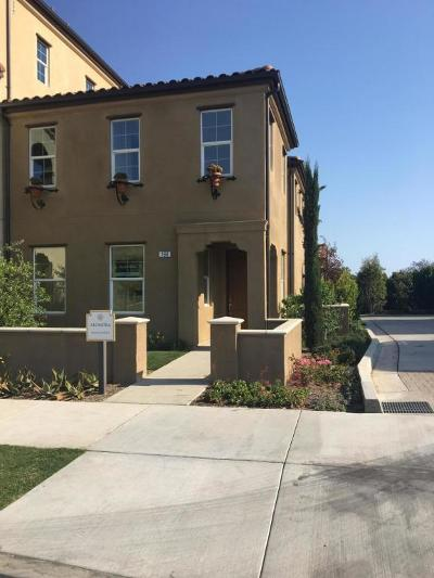Ventura Single Family Home For Sale: 166 Chickasaw Street