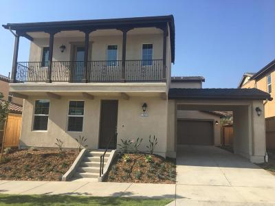 Ventura CA Single Family Home For Sale: $726,900