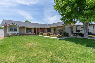 Camarillo Single Family Home For Sale: 221 Appletree Avenue