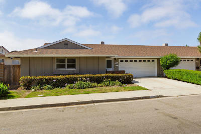 Port Hueneme Single Family Home For Sale: 210 E Bay Boulevard