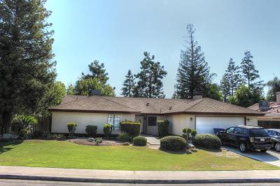 Bakersfield CA Single Family Home For Sale: $325,000