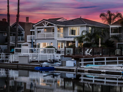 Oxnard Single Family Home Active Under Contract: 2424 Monaco Drive