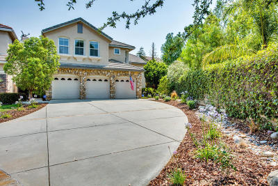 Oak Park Single Family Home For Sale: 6391 Normandy Terrace